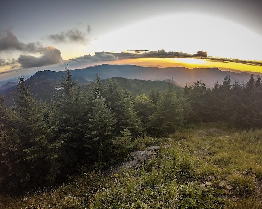 scenic-hikes-in-north-carolina-belmont-lake-preserv